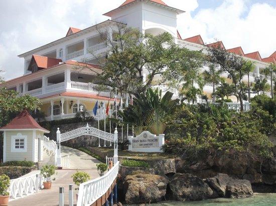 Luxury Bahia Principe Cayo Levantado: vista desde el muelle del hotel