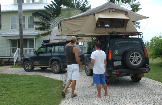 Destinations Belize : Central America Overland Expeditions vehicles