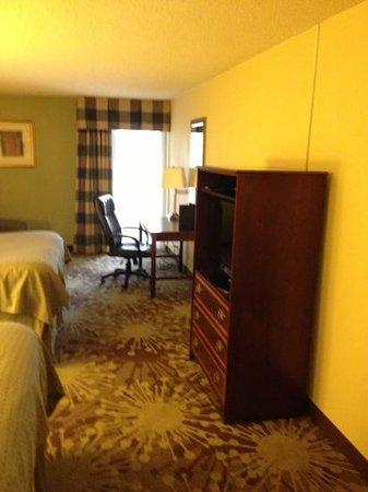 Holiday Inn Morgantown / PA Turnpike: updated Room