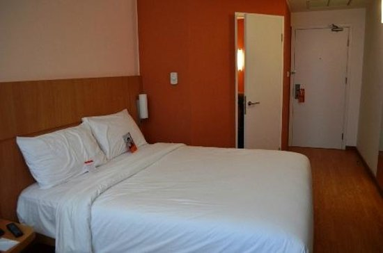 Hotel ibis Bandung Trans Studio: Room