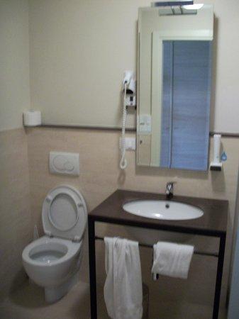 Hotel Fortebraccio: Bagno