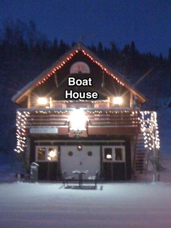 Tarnaby Rooms & Apartments: Boat House at Christmas