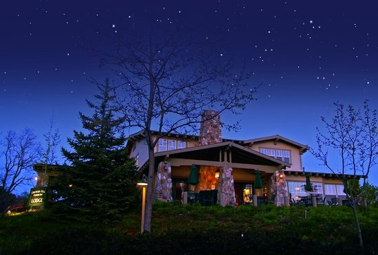 Orchard Hill Country Inn: Evening