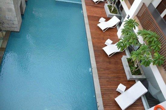 D'Anaya Hotel Bogor : swimming pool