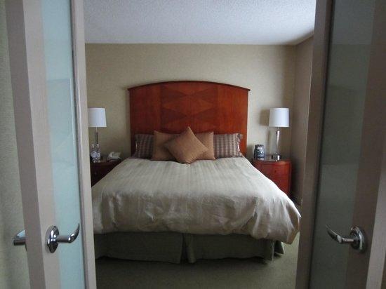 Omni Chicago Hotel: Bedroom