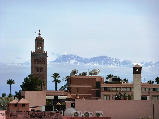 Riad Mur Akush: High Atlas from roof terrace