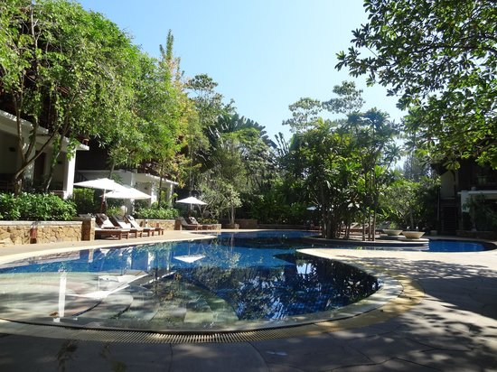 The Tubkaak Krabi Boutique Resort: This was taken in the middle of the day - it was always very quiet around the pool