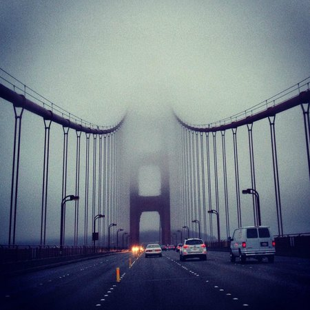 Golden Gate Bridge: Foggy view from the middle of the bridge