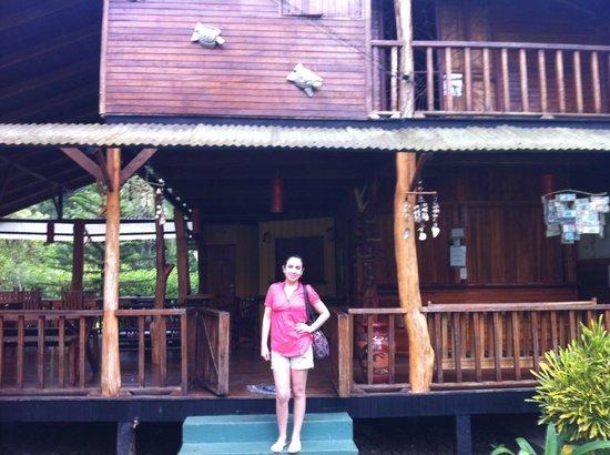 Coco Loco Lodge: Lobby