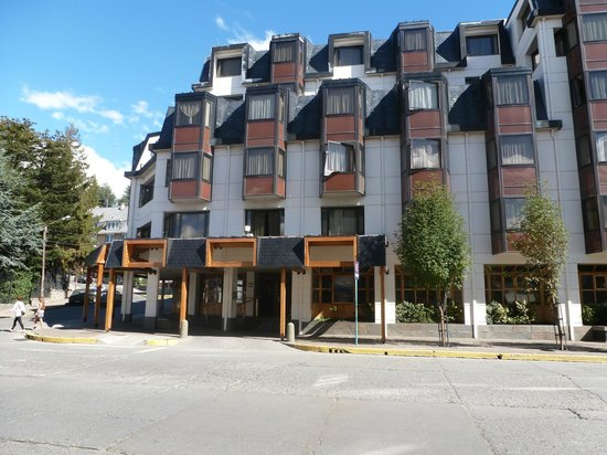 NH Bariloche Edelweiss: Exterior of Hotel Edelweiss
