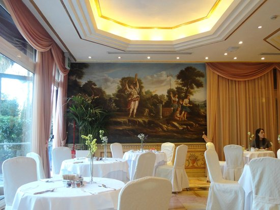 Parco dei Principi Grand Hotel & SPA: Dining Room