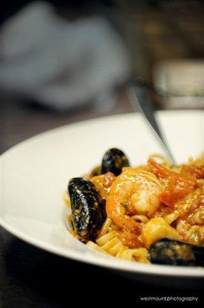 P&M's Kouzzina: Seafood Portofino
