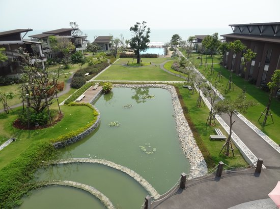 I-Tara Resort & Spa: Gardens