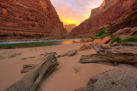 Outdoors Unlimited Grand Canyon Rafting: North Canyon sunset