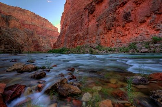 Outdoors Unlimited Grand Canyon Rafting: Buck Farm campsite - sunrise