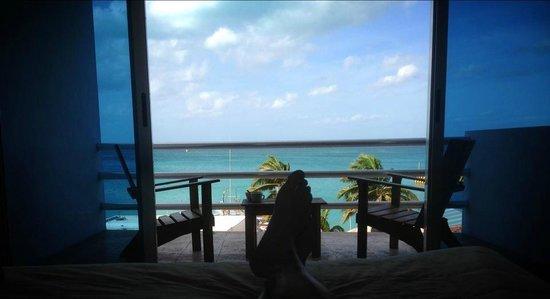 โรงแรมบาเฮียชัคชิ: daily view laying from bed...