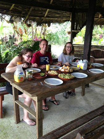 Princesa de la Luna Eco Lodge: Breakfast of champions
