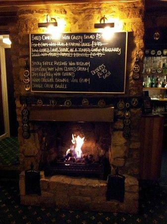 The Mousetrap Inn Restaurant: Camino