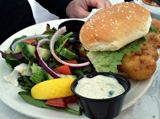 Sandbanks Bar & Grill: Fish Sandwich w Salad