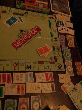 The Mousetrap Inn Restaurant: Monopoly