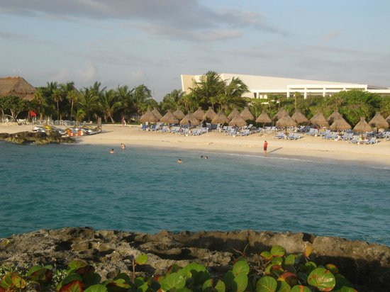 Grand Sirenis Mayan Beach Resort & Spa: beach