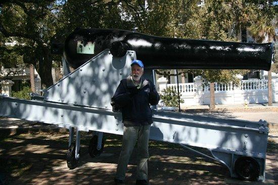 Ed Grimball's Walking Tour of Historic Charleston: Ed at the Battery