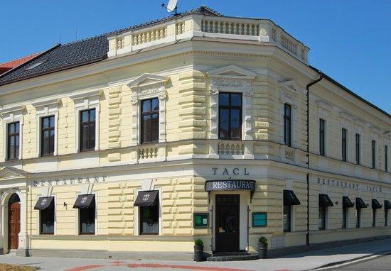 Hotel TACL Holesov