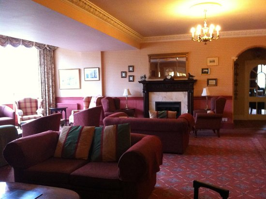 Dryburgh Abbey Hotel: lounge area