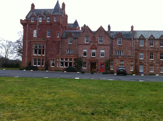 Dryburgh Abbey Hotel: main section of hotel
