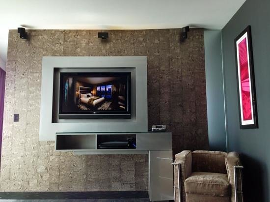 Hard Rock Hotel San Diego: living room area