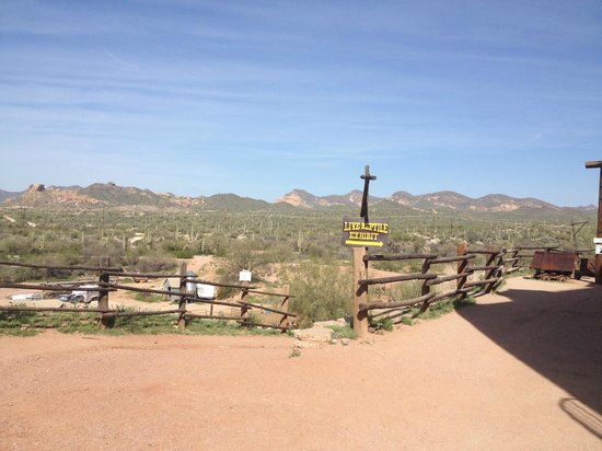 Goldfield Ghost Town: the view