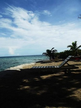 Volivoli Beach Resort Fiji: beach