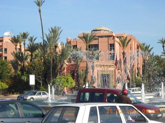 Ibis Marrakech Centre Gare: l'hôtel vu de l'exterieur