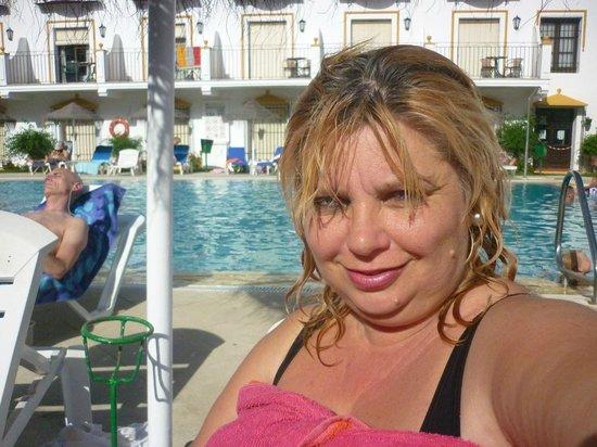 TRH Mijas: bañandonos en la piscina