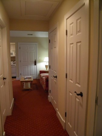 King's Creek Plantation Resort: laundry room, little walk in closet and nice size sitting and kitchen room
