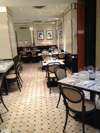 옴니 몽-루아얄 호텔 사진
