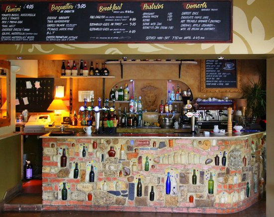 Michelangelo Hotel: One of the two bars