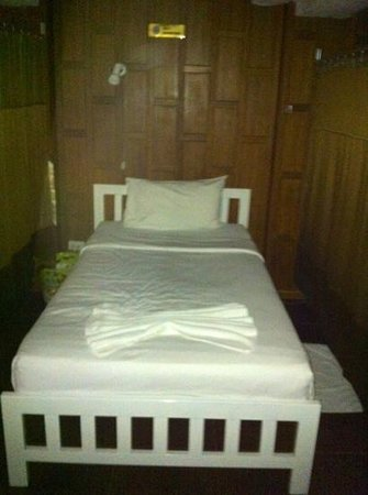 BB hostel : The beds are made everyday.