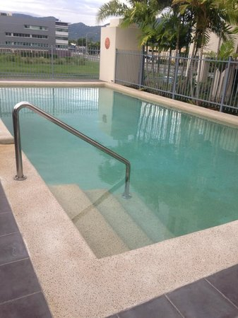 Cairns City Apartments : Swiming pool