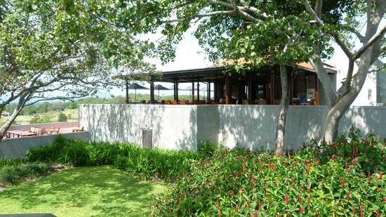 Banyan Golf Club: Terrace restaurant
