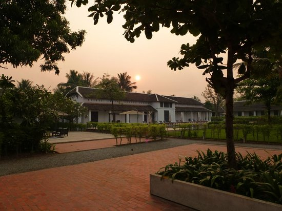 Sofitel Luang Prabang Hotel: Lovely grounds