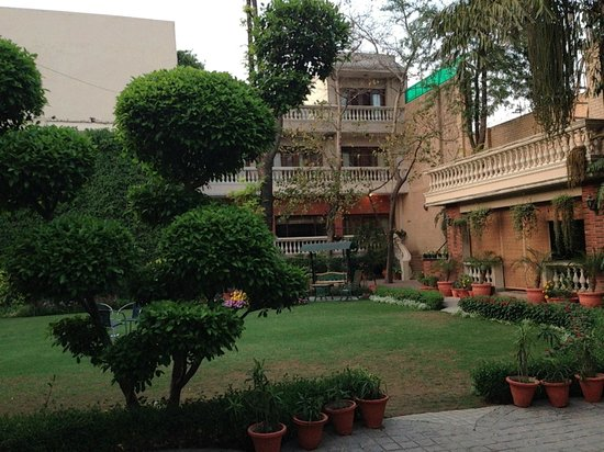 The Estate (Sultanpur Estate)