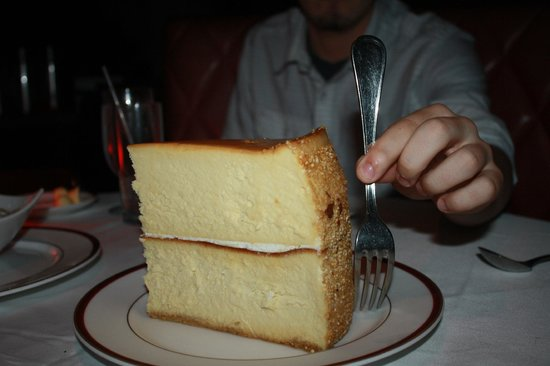 Chops Steakhouse: Cheesecake for everyone!
