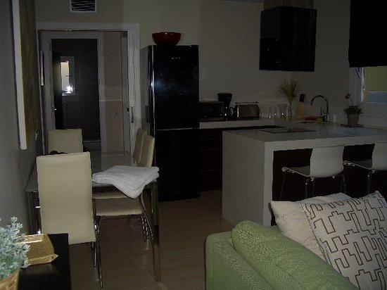 Apartments BarcelonaGo: 鍵を開けてすぐ