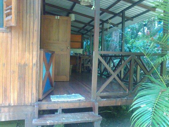 Cabinas Punta Uva: cosina privada de mi habitacion
