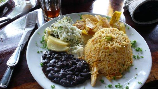 La Leona Eco Lodge: Lunch (delicious!)
