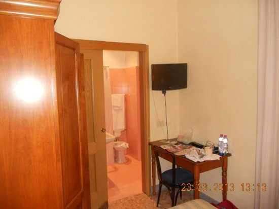 Milani Hotel : Room