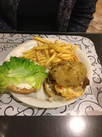 The 4th of May Cafe: cheese burger topped with fried green tomato