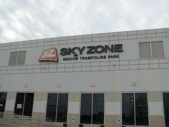 skyzone in memphis