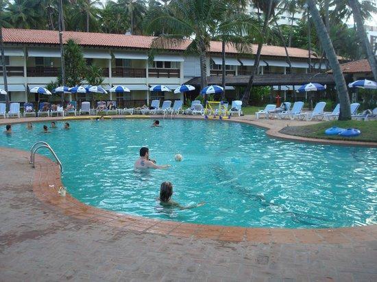 Jatiuca Hotel & Resort: Pileta del resort